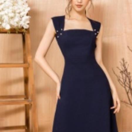 Váy tím than trơn cổ vuông
